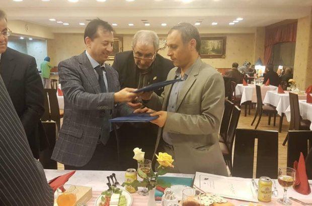 توسعه همکاری با بخش خصوصی تاجیکستان در صنعت و تولید تهران