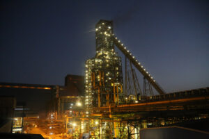 ۷۵ هزار میلیارد ریال سرمایهگذاری چادرملو در معدن و فولاد کشور